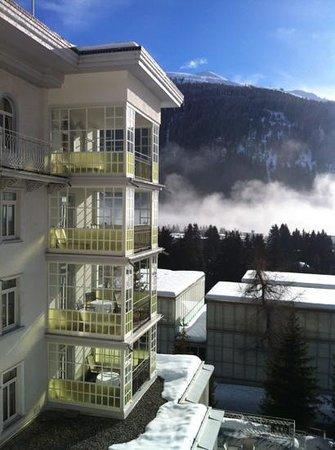 Steigenberger Grandhotel Belvedere: прекрасные террасы отеля