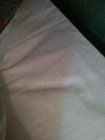 D'Enghien Hotel: letto