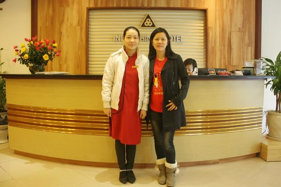 Hanoi Focus Boutique Hotel: Ms. Ruby and my wife
