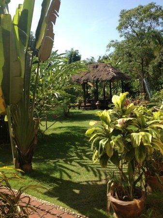 Mai Siam Resort: Garden