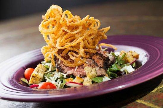 BRAVO! Italian Restaurant & Bar: Beef Tenderloin Salad