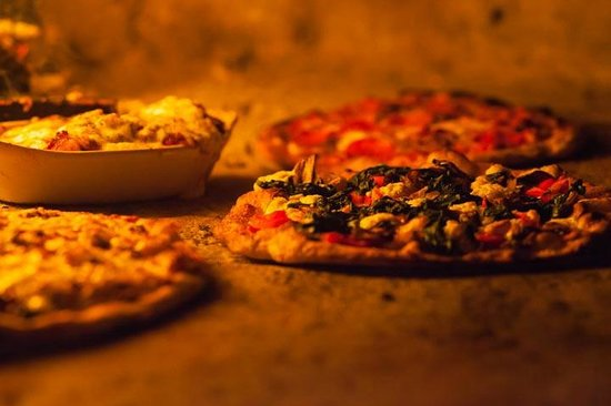 BRAVO! Italian Restaurant & Bar: Wood-fired Pizzas