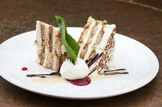 BRAVO! Italian Restaurant & Bar: Tiramisu