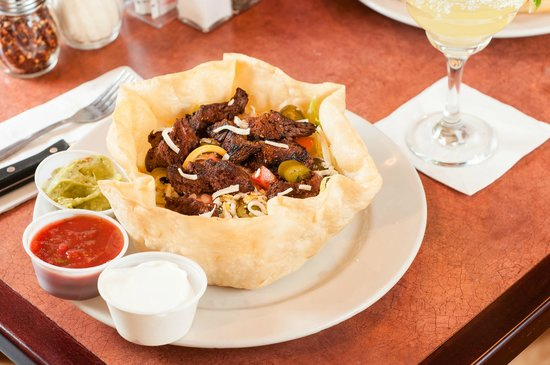 Dockside Restaurant: Steak Fajita Salad