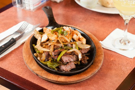 ‪‪Dockside Restaurant‬: Steak & Chicken Fajitas‬