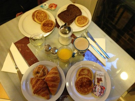 Rho Hotel: Colazione