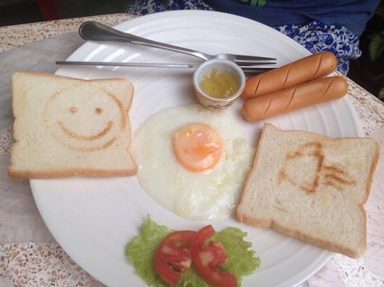 Yummy Khaosan Baan Thai breakfast