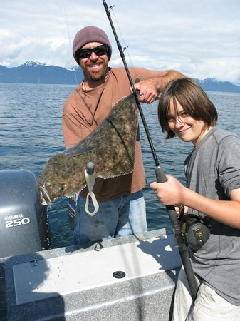 Glacier Bay's Bear Track Inn: Great fishing