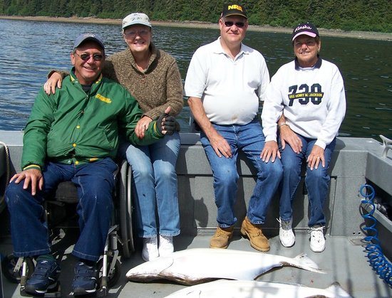 Glacier Bay's Bear Track Inn: Great day fishing