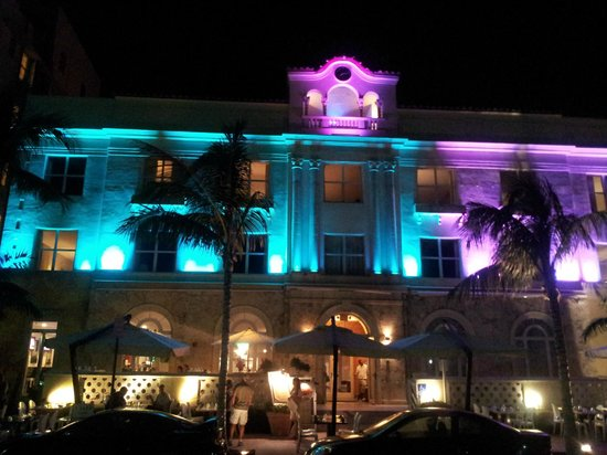 Marriott Vacation Club Pulse, South Beach: Facciata di notte