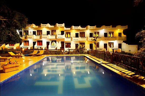 Hotel Fiesta: piscina hotel