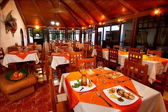 Hotel Fiesta: Restaurant