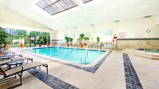 DoubleTree by Hilton Hotel Fort Lee - George Washington Bridge: Take a dip in our sparkling indoor when you stay at the DoubleTree Fort Lee hotel.