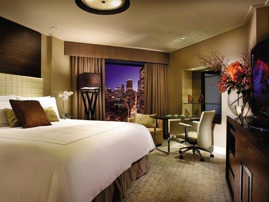 Four Seasons Hotel Sydney: Deluxe City Room