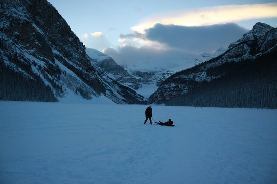 Fairmont Chateau Lake Louise: Classic Canadian Frozen Lake drag with the kids