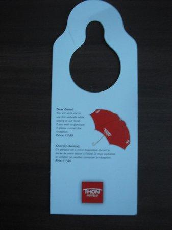 Thon Hotel EU: Tag do guarda-chuva que eles emprestam