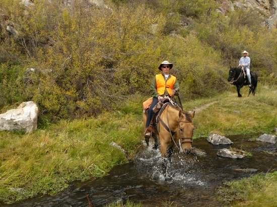 Geronimo Trail Guest Ranch: It was hunting season, so we had to wear orange