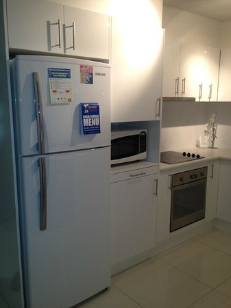 Seacrest Apartments: kitchen