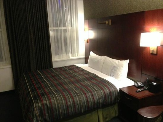 Club Quarters Hotel in Boston: Room