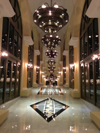 Iberostar Grand Hotel Paraiso: Main walkway off lobby leading to rooms