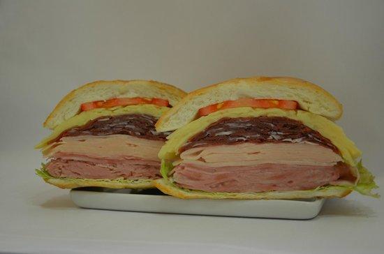 Bar Do Mane: Sanduíche Da Casa