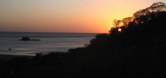 Empalme a Las Playas: Sunset on Marsella beach.. a short walk from the resort!