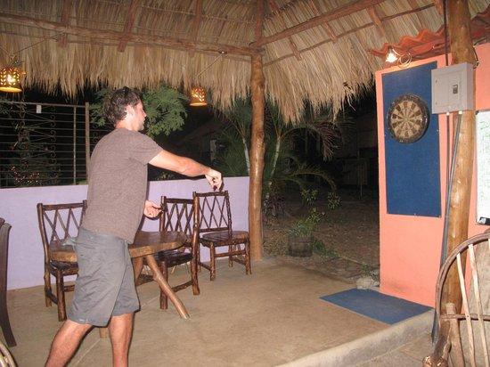 Empalme a Las Playas: Darts!