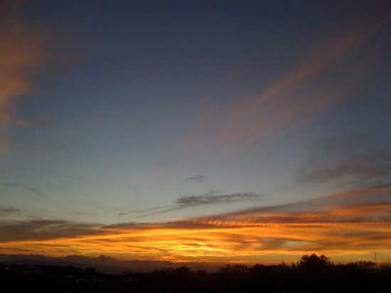 Costa Rica Airport Lodge: The end of another beautiful day in paradise !