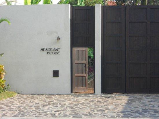 Sergeant House : The Impressive gates