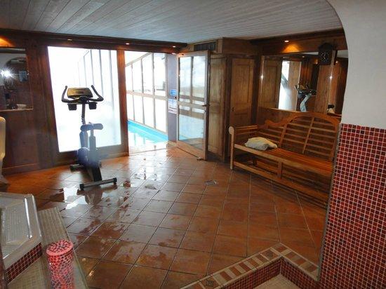 Hotel Les Campanules : spa