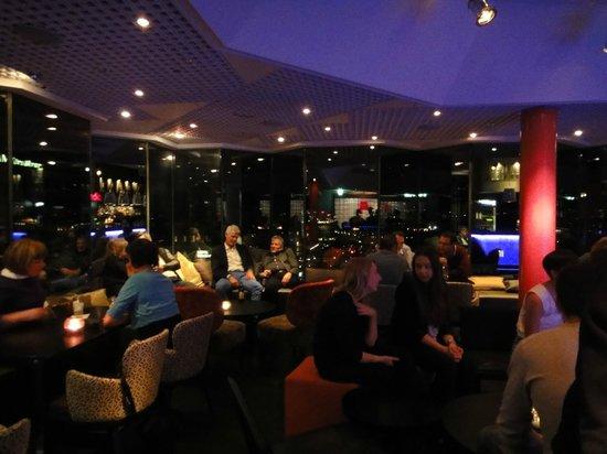Radisson Blu Royal Viking Hotel, Stockholm: Bar panoramique au 9ème avec superbe vue sur la ville