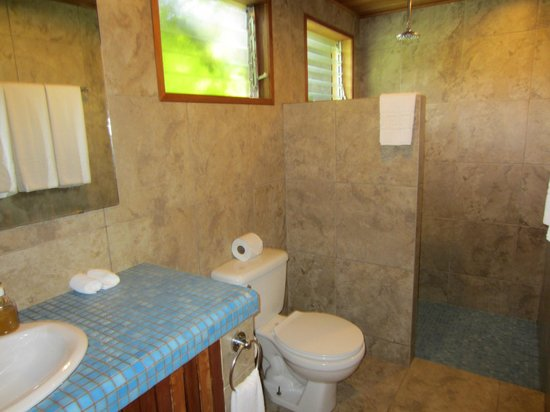 Arco Iris Lodge: Bathroom