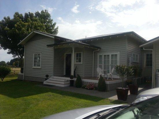 Blairgowrie House: Blairgowrie Back Porch Entrance to Suites