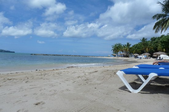 Windjammer Landing Villa Beach Resort: beach