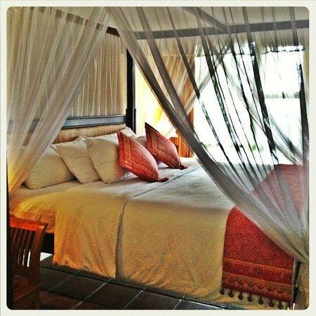 Nugraha Lovina Bay Resort Hotel: Seaview Suite Ground Floor Room 105- Bedroom