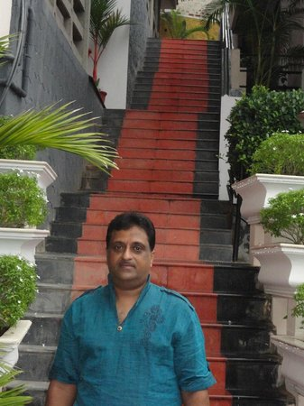 Royal Resorts: Royal Kovalam Beach Club: VIEW IN FRONT OF STAIRS LEADING TO ROOMS HAVING SEA VIEW