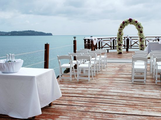 Calabash Cove Resort and Spa: Ceremony setup for Wedding