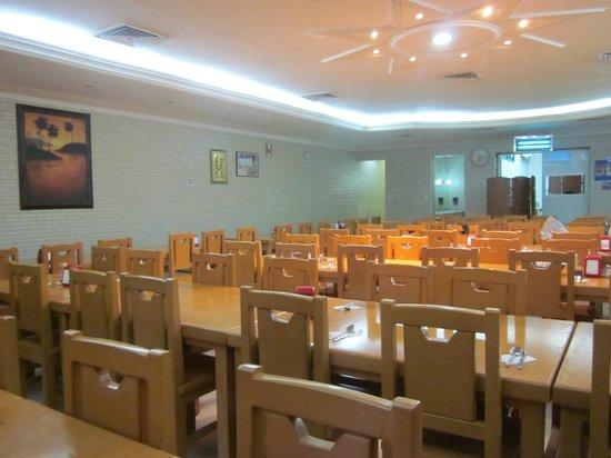 Dubai Youth Hostel : Restaurant for breakfast