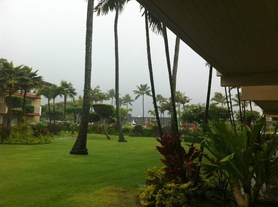 Kauai Coast Resort at the Beachboy: View from lanai from a Garden View One Bedroom Suite