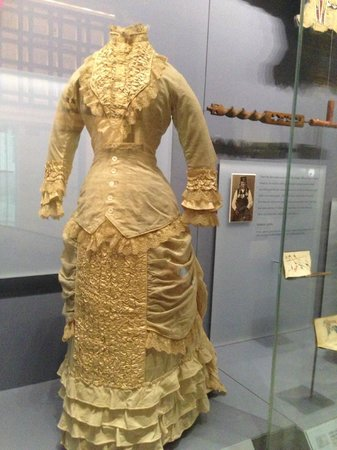 Wedding dress picture of national museum of the for Indian wedding dresses new york