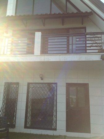 Tagaytay Lake View Villa: Fernandina Facade