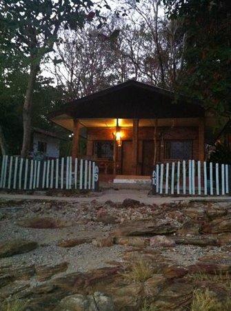 Koh Samed: bungalow at Pudsa