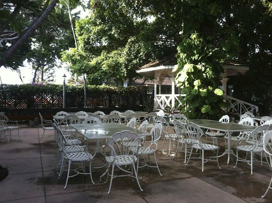 Best Western Pioneer Inn: Courtyard