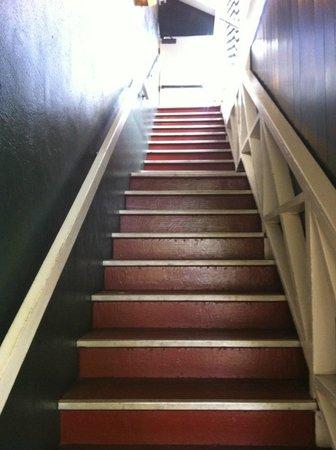 Best Western Pioneer Inn: Stairs