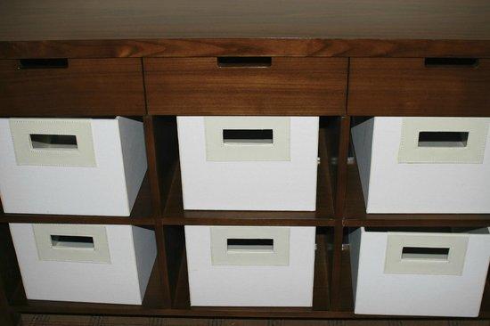 فور بوينتس شيراتون إدمونتون جيت واي: Storage