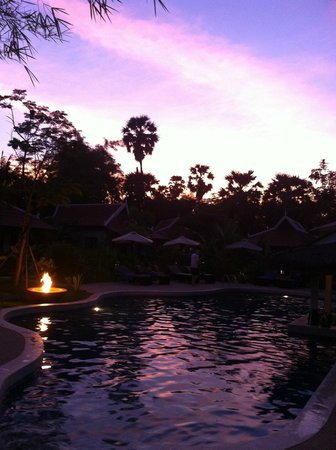 Sojourn Boutique Villas: Sunset at Sojourn