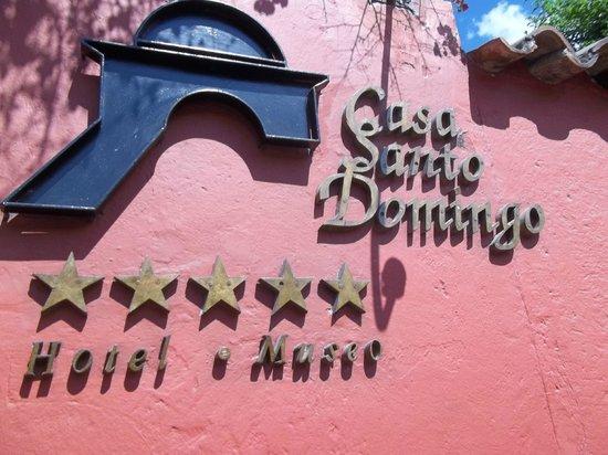 Casa Santo Domingo: rotulo deidentificacion