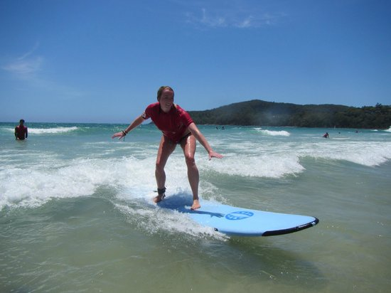 Merrick's Noosa Learn to Surf: have fun and meet new friends