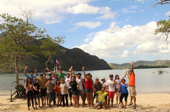 Majika's Island Resort: ALVAERA BANCORO CRUZ FAMILY REUNION