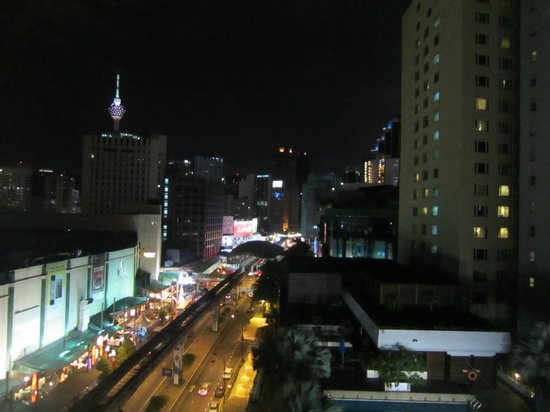ParkRoyal Kuala Lumpur: Night View from room